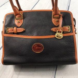 Dooney & Bourke Bags - Vintage Dooney & Bourke Pebble Leather Bag EUC